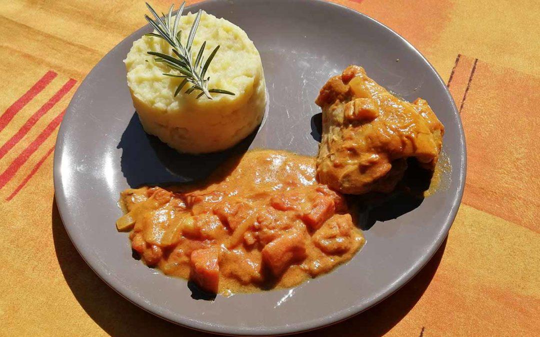 Crusoé de poulet massalé, purée pommes de terre et panais